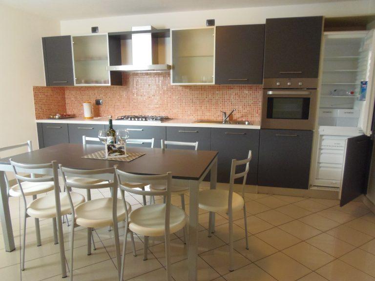 Riservati appartamenti in residence con piscina immobiliare menaggio affitto vendite case e - Appartamenti con piscina ...