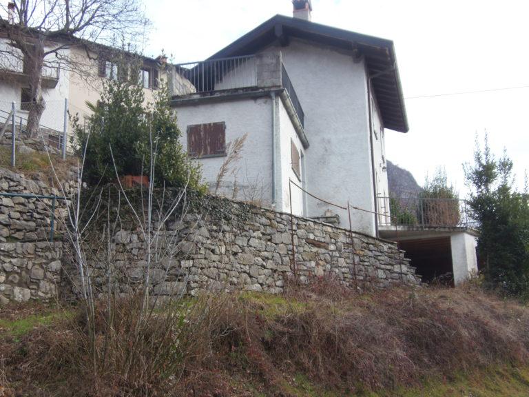 Villetta indipendente immobiliare menaggio affitto for Piani chalet svizzero
