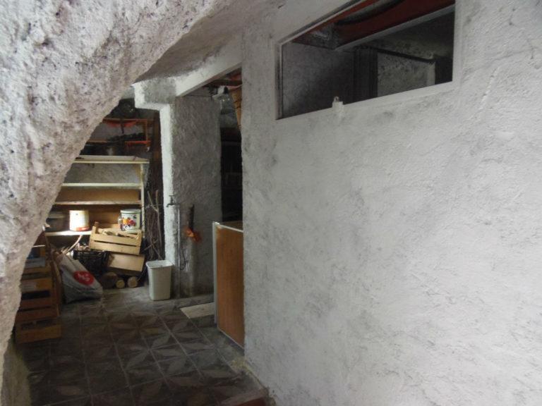 Porzione di casetta in caratteristico borgo immobiliare for Casetta con seminterrato
