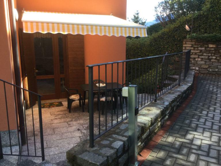 Graziosa e tranquilla casetta immobiliare menaggio for Casetta con seminterrato