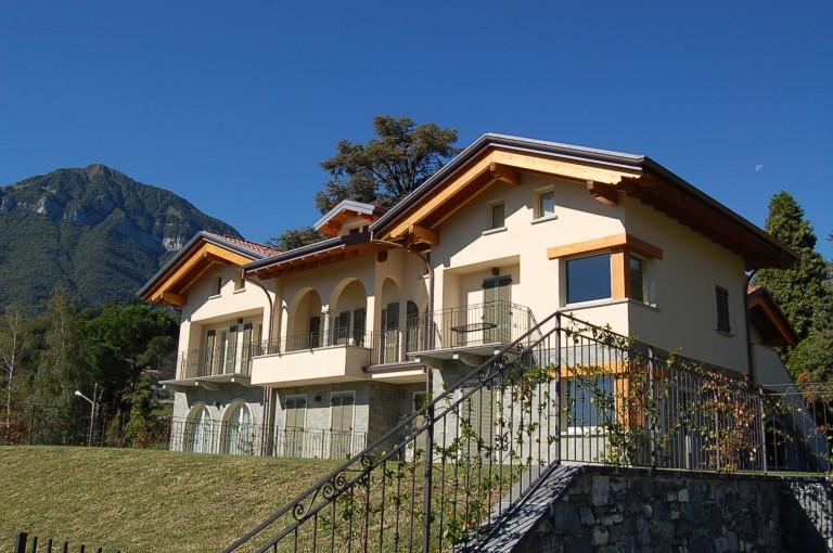 Appartamenti con piscina immobiliare menaggio affitto vendite case e ville lago di como - Appartamenti in montagna con piscina ...