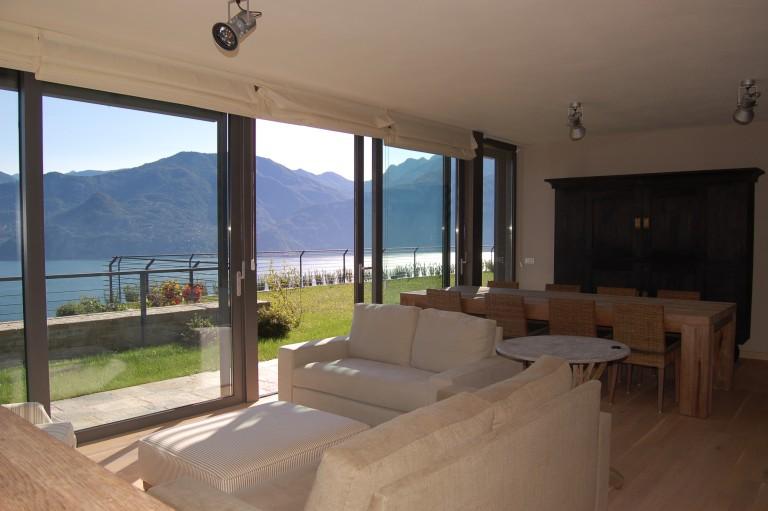 Affitasi Villa Con Piscina
